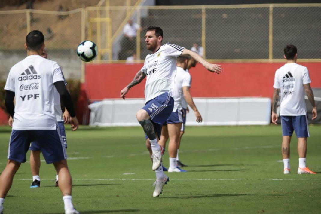 Titular de Argentina frente a Colombia